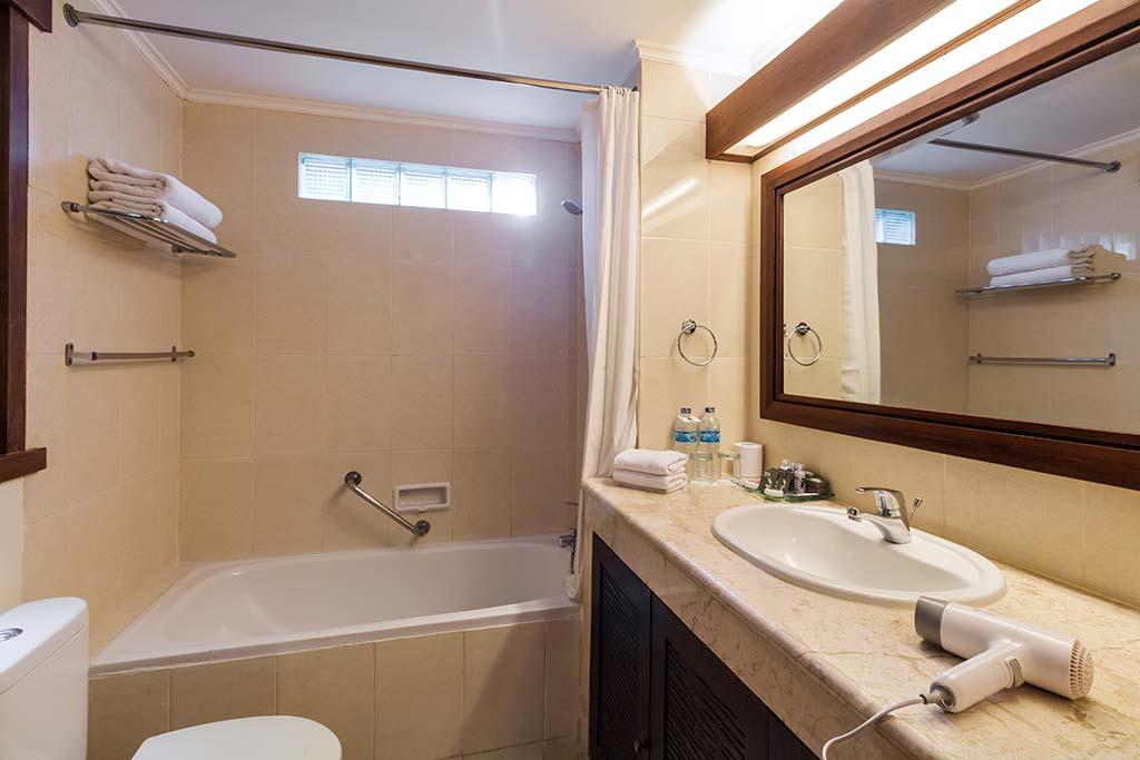Superior Room - Risata Bali Resort & Spa (3)